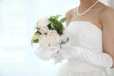 顎ニキビ 結婚式